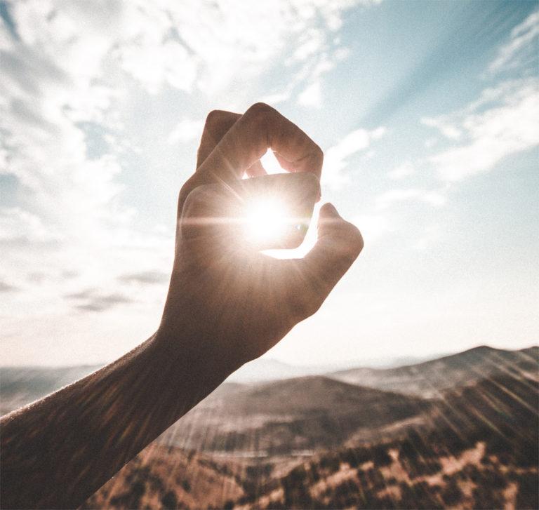 Tyrosin: Wirkung auf Dopamin, BCAAs und warum Sonne wichtig ist
